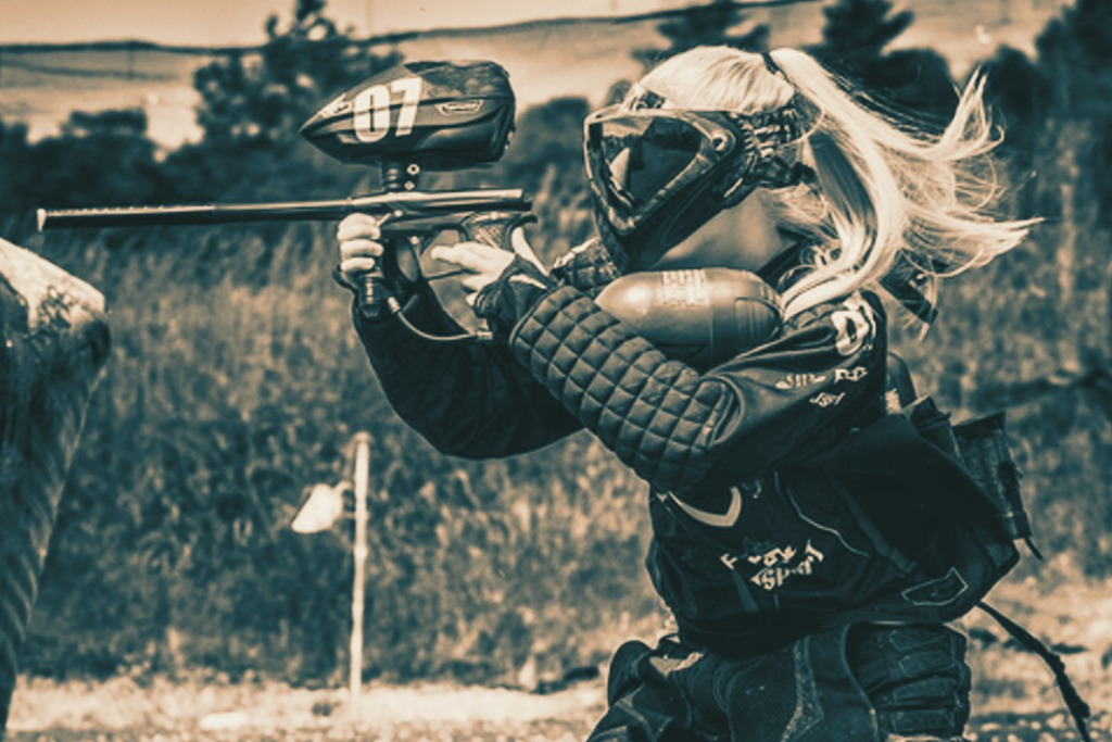 paintball-woman (1)